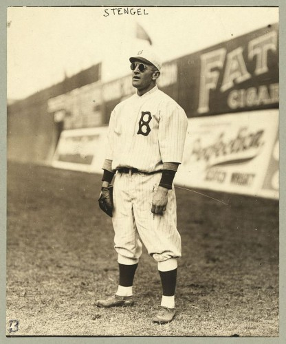 800px-The_Library_of_Congress_-_(Casey_Stengel,_full-length_portrait,_wearing_sunglasses,_while_playing_outfield_for_the_Brooklyn_Dodgers)_(LOC)-1