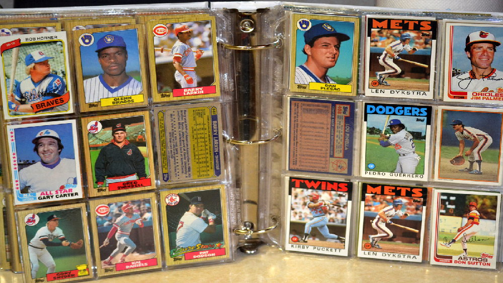 90b49794c5b Card Corner Plus  The Beauty of  83 Topps and the Mystery of Lee Mazzilli
